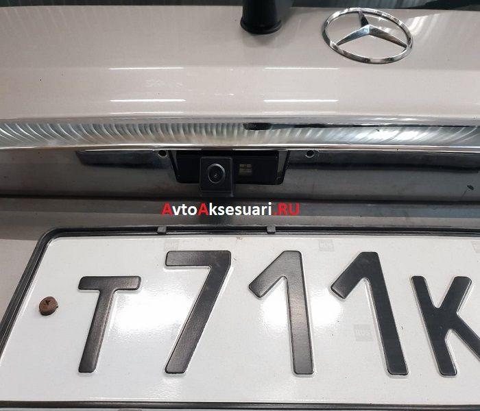Штатная камера заднего вида для Mercedes Viano