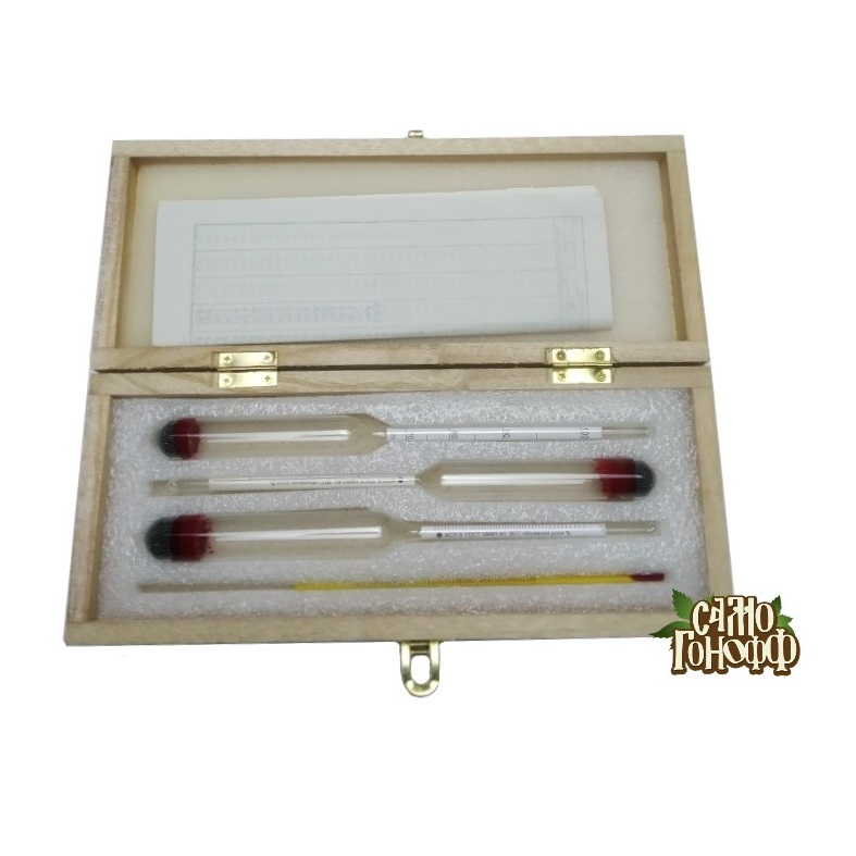 Набор ареометров и термометра спиртового в деревянном футляре