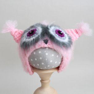Вязаная шапочка Сова пушистая Розовая