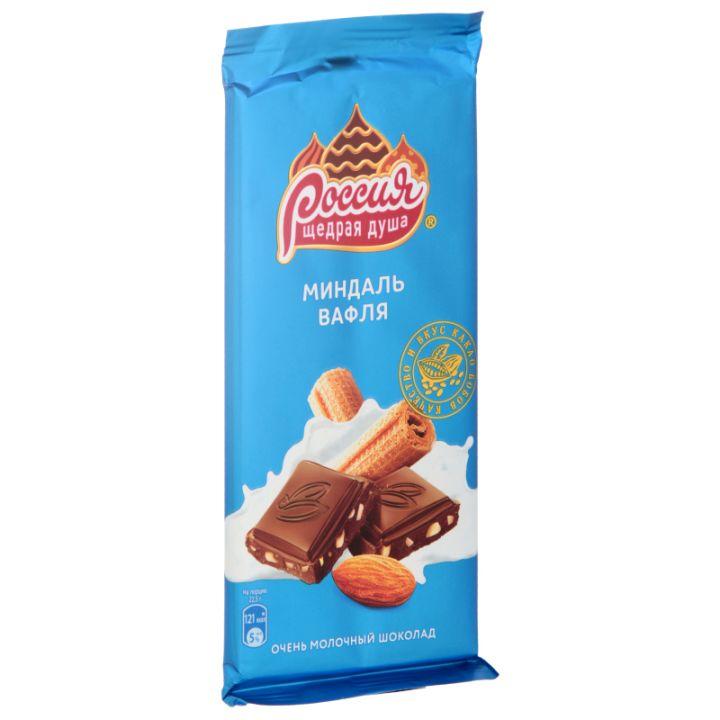 Шоколад Россия молочный с миндалем и вафлей 90г