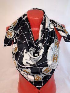 Шелковый платок Chanel черный с розами, арт.074