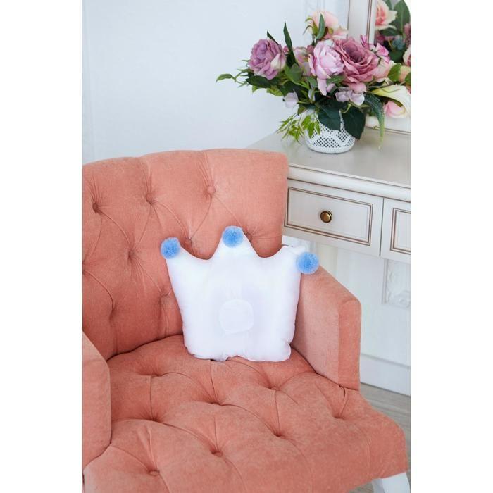 Подушка детская анатомическая Крошка Я «Корона» 32х25 см, цвет белый/голубой