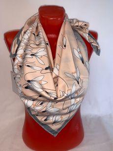Шелковый платок Valentino с лилиями (персик), арт 118