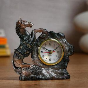 "Часы настольные ""Конь"" d=5.5 см, 1 АА, дискретный ход   5060054"