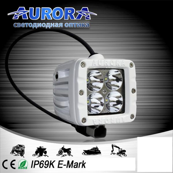 Квадратная светодиодная фара точечного свечения 40W AURORA ALO-M-2-P4T (белый корпус)