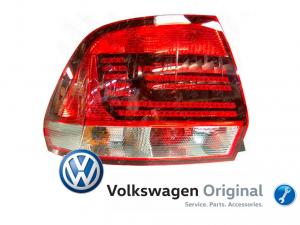 Фонарь задний левый Volkswagen Polo Sedan Рестайлинг