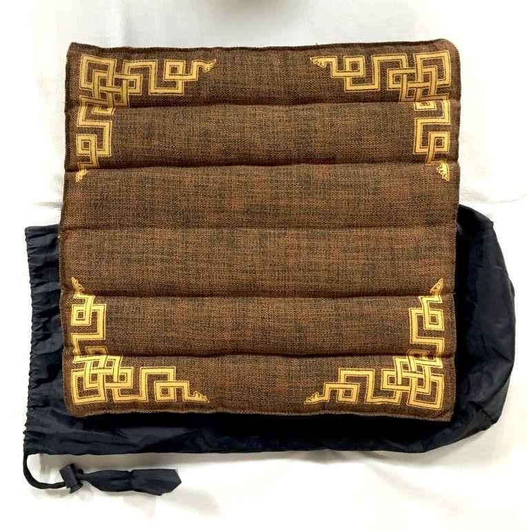 Складная подушка для медитации в чехле, Тибет (СПб)