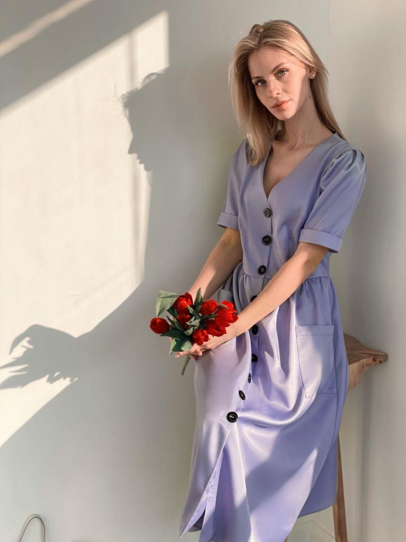 3792 Платье в ретро-стиле с контрастными пуговицами лавандовое