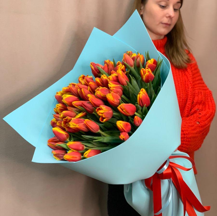 Букет из 71 тюльпана №106
