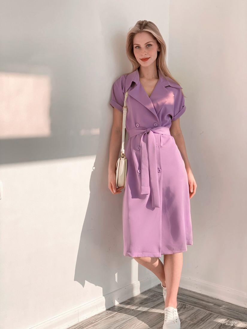 s3827 Платье двубортное со спущенным плечом лавандовое
