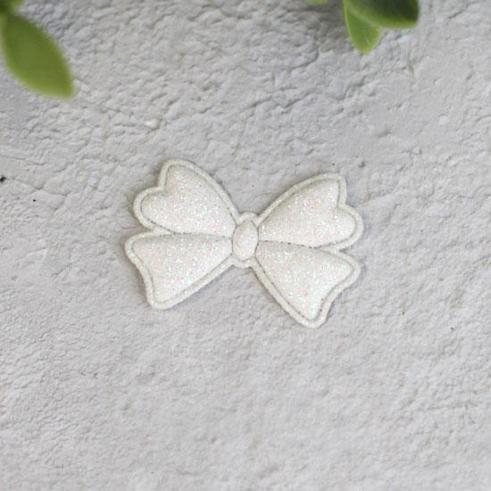 Кукольный аксессуар - Патч Бантик белый 3,3*2,3 см., 1шт