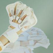"Аппарат для массажа кисти руки ""RELIVER"" (1 перчатка) www.sklad78.ru"