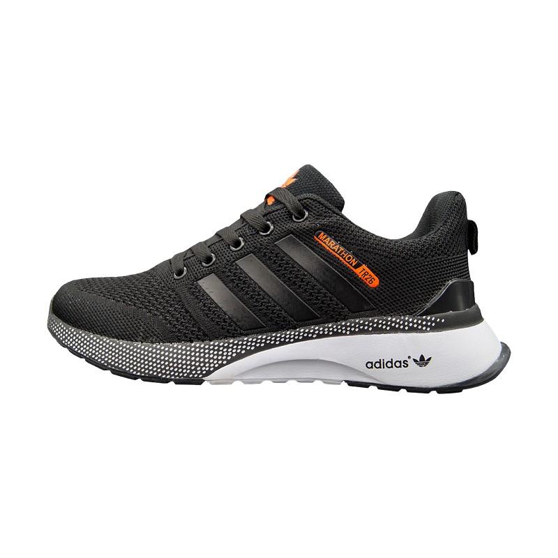 Кроссовки черные Adidas Marathon TR 26