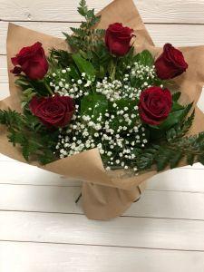 Букет красных роз 5шт
