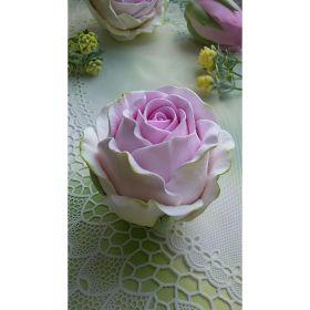 Силиконовая форма «Роза Барбадос» вес в мыле 110 грамм высота 7 см диаметр 6 см