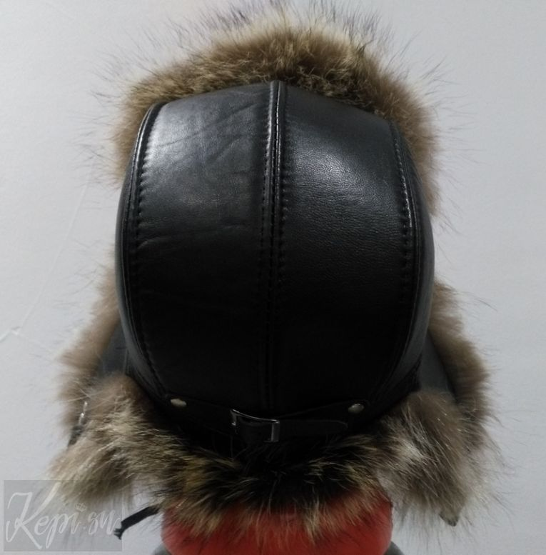 Меховая-шапка-кожаная