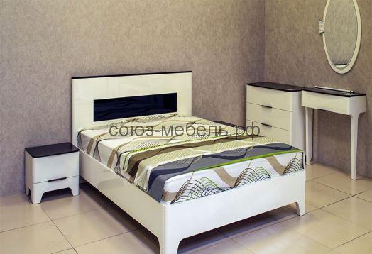 Спальня Верона (комод+тумбочки 2шт+кровать+туалетный столик+зеркало)