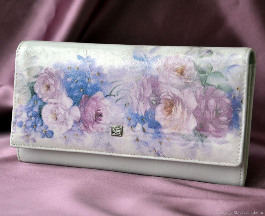 Кожаный кошелёк женский Аромат роз