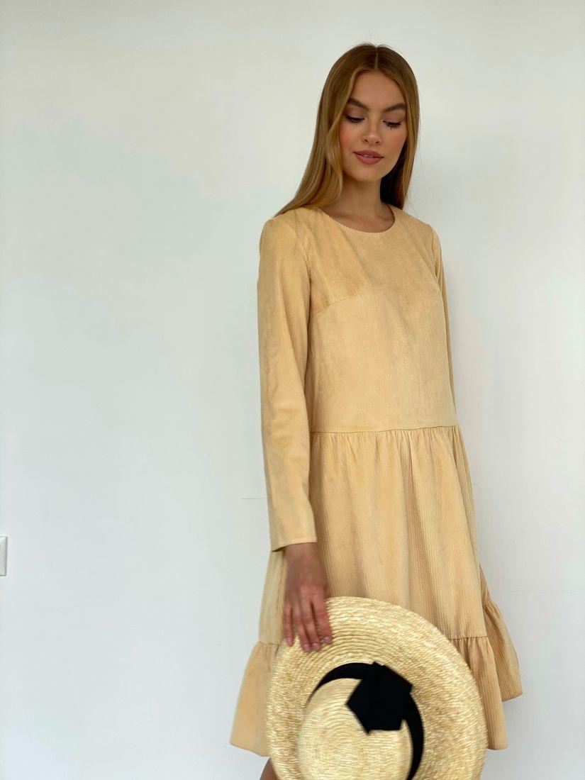 3877 Платье вельветовое с воланом в цвете sand