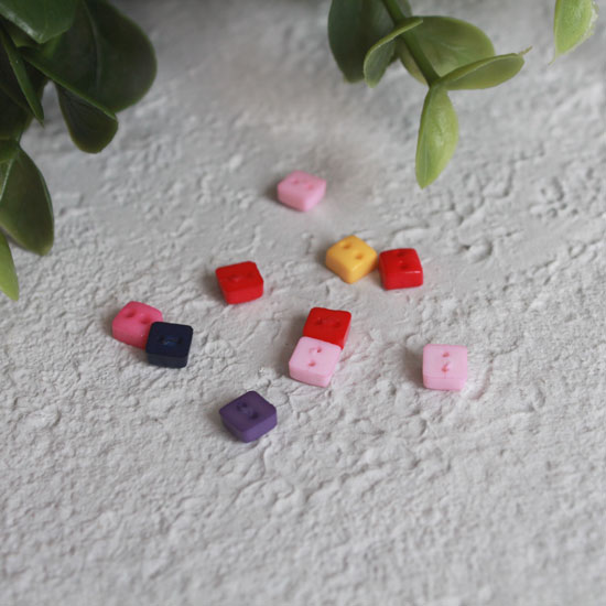 Набор мини пуговиц для творчества - Квадратики, разноцветный микс, 10 шт., 6 мм.