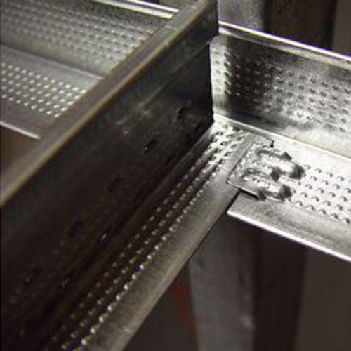 Переходная клипса Armstrong DGS для фиксации гипсокартона толщиной 12,5 мм к универсальной несущей рейке (в коробке 125 шт)