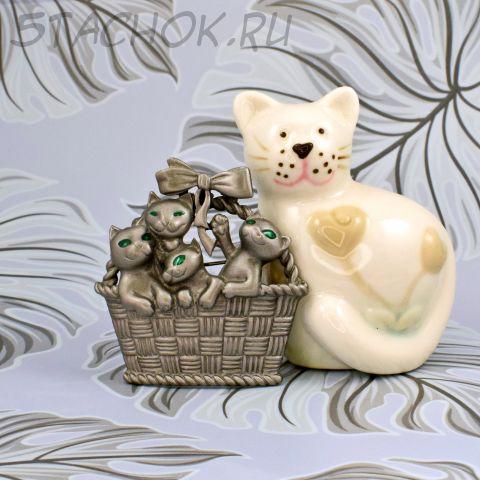 """Брошь """"Милые котята в корзинке"""" цвет олова (AJC США)"""