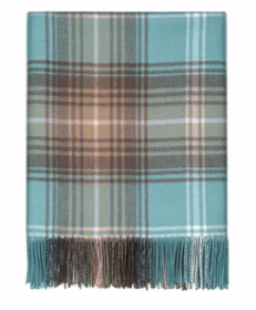 Теплое пончо, 100 % стопроцентная шотландская овечья шерсть, расцветка  Опаловый ЛОККЭРРОН LOCHCARRON OPAL TARTAN LAMBWOOL SERAPE