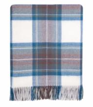 Теплое пончо,  100 % стопроцентная шотландская овечья шерсть, расцветка (тартан) Королевский клан Стюарт -синий вариант STEWART BLUE DRESS TARTAN LAMBSWOOL SERAPE , плотность 6