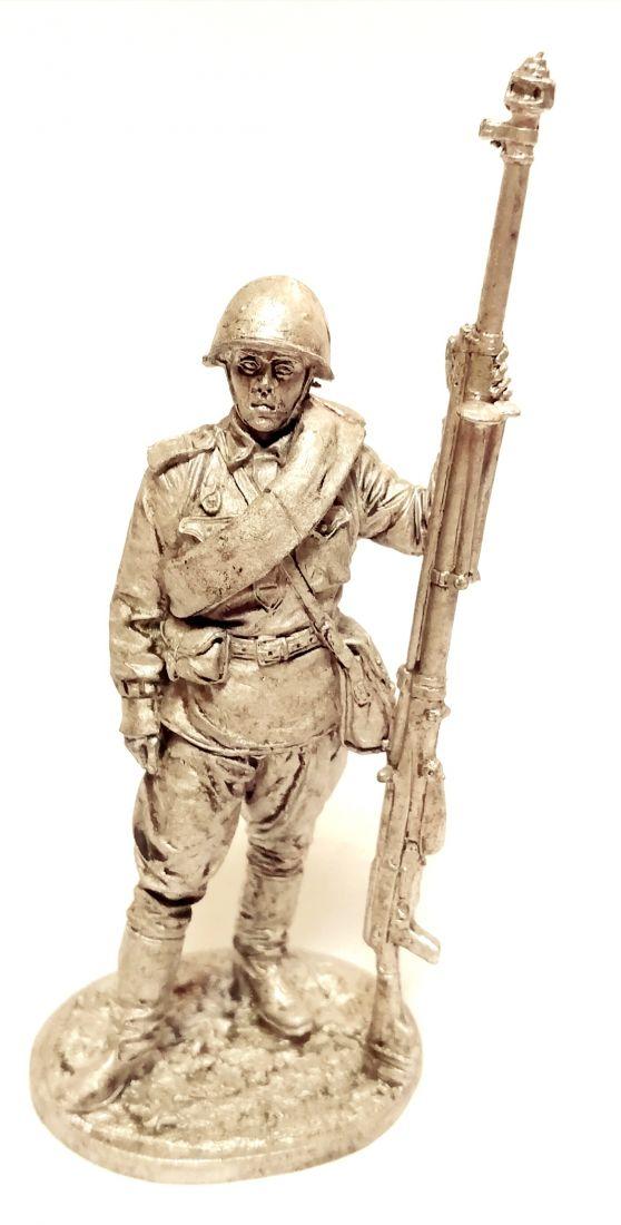 Фигурка Гвардии ефрейтор наводчик противотанкового ружья Олово