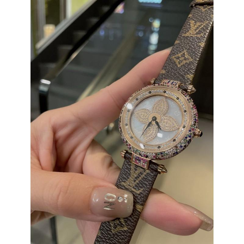 Часы Louis Vuitton