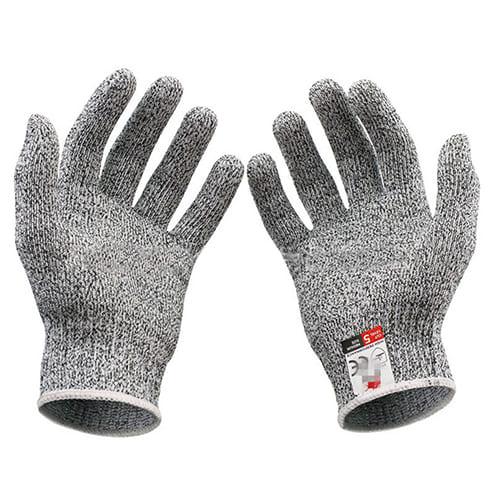 Перчатки от порезов.