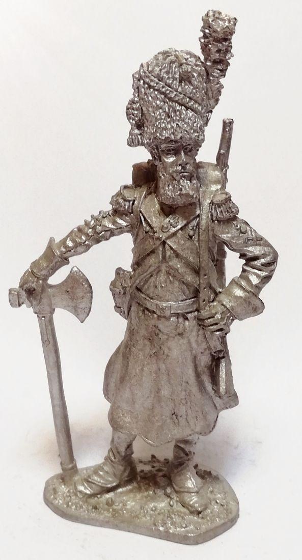 Фигурка Сапер линейной пехоты Франция 1806 г. олово