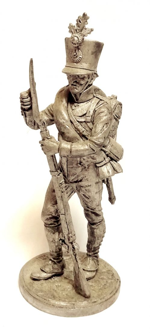 Фигурка Фузилер 4-го пехотного плк. Хох унд Дойчмейстер. Австрия, 1809-14 гг. олово