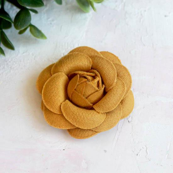 Тканевая роза 5 см. - горчичная