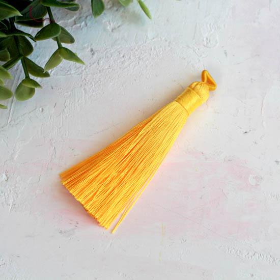 Кисточка декоративная, желтая 8 см.