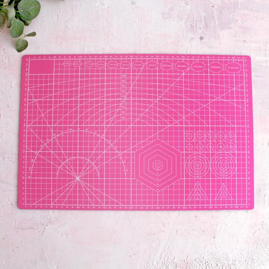 Коврик (мат) для резки защитный непрорезаемый для раскройного ножа, 3-х слойный, А3, двусторонний, розовый