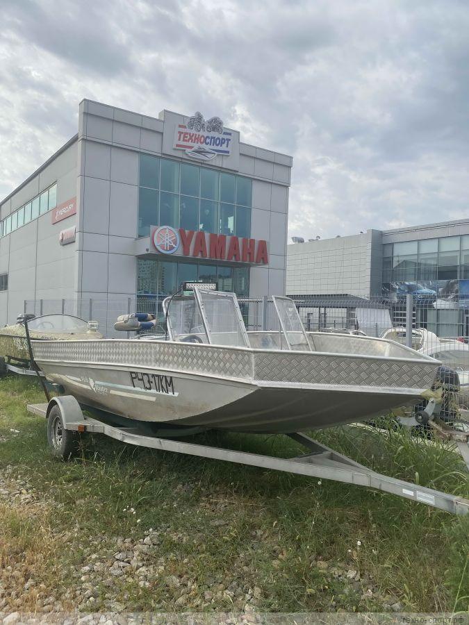 Лодка FishMaster
