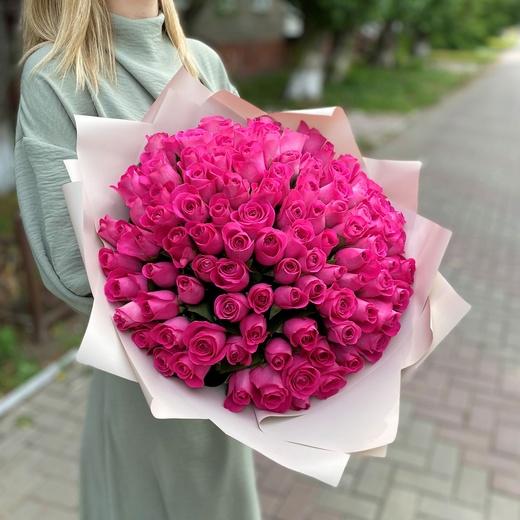101 розовая роза в упаковке (40см)