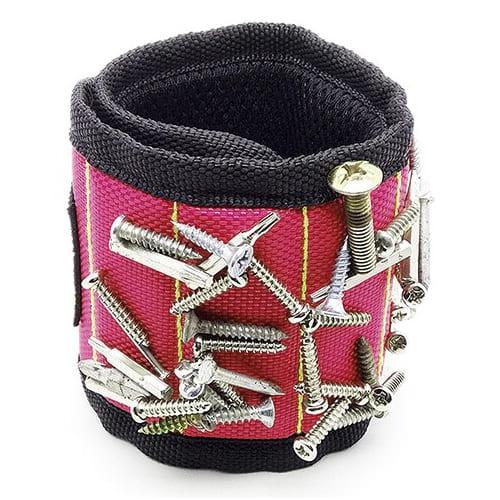 Строительный магнитный браслет Magnetic Wristband (5 магнитов), цвет - красный.