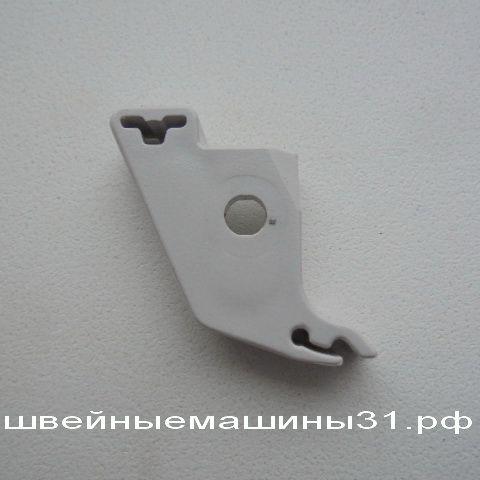 Адаптер крепления лапки пластиковый для JANOME, BROTHER и др.    цена 200 руб.