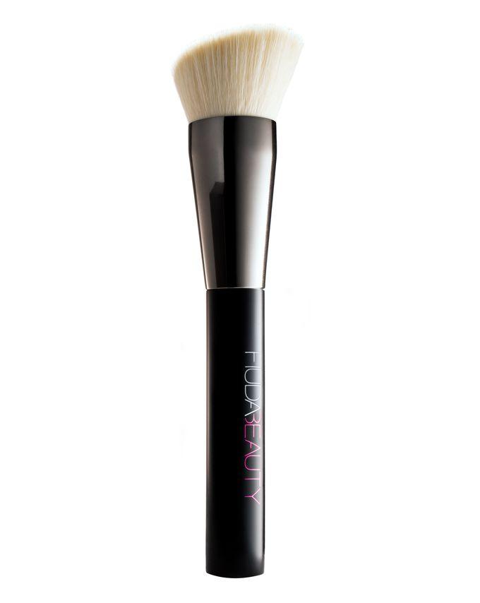 Кисть для тональной основы Huda Beauty - Face, Buff & Blend Brush