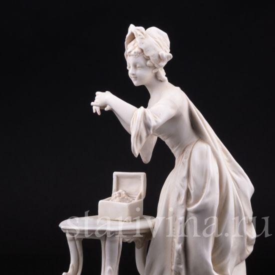 Изображение Девушка с драгоценностями, E & A Muller, Германия, 1890 - 1927 гг.