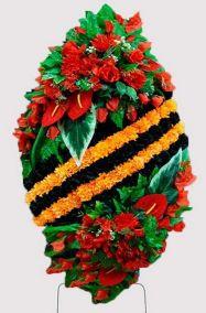 Ритуальный венок на возложение #19 Георгиевская лента из гвоздик