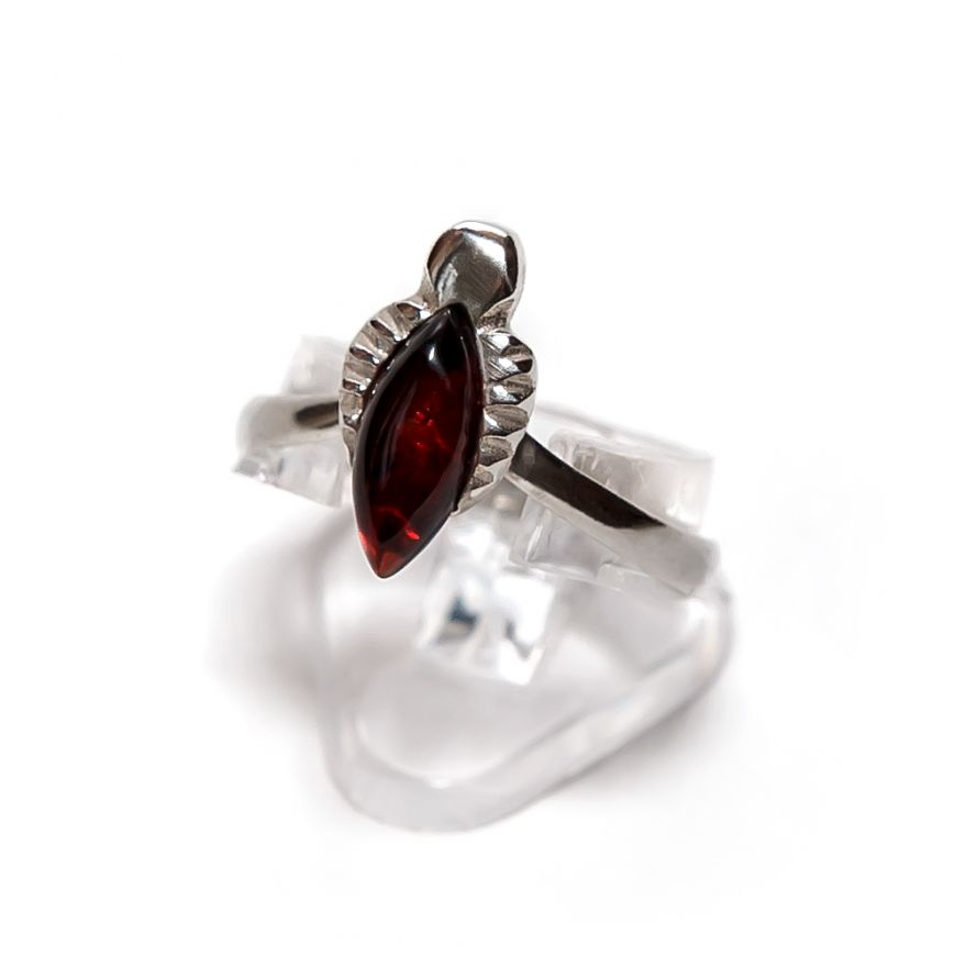 "Серебряное кольцо с балтийским янтарем ""Балтийская корона"""