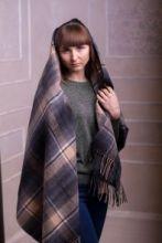 Теплая шаль  100 % стопроцентная шотландская овечья шерсть, тартан деревушки Таллинессл TULLYNESSLE MODERN TARTAN