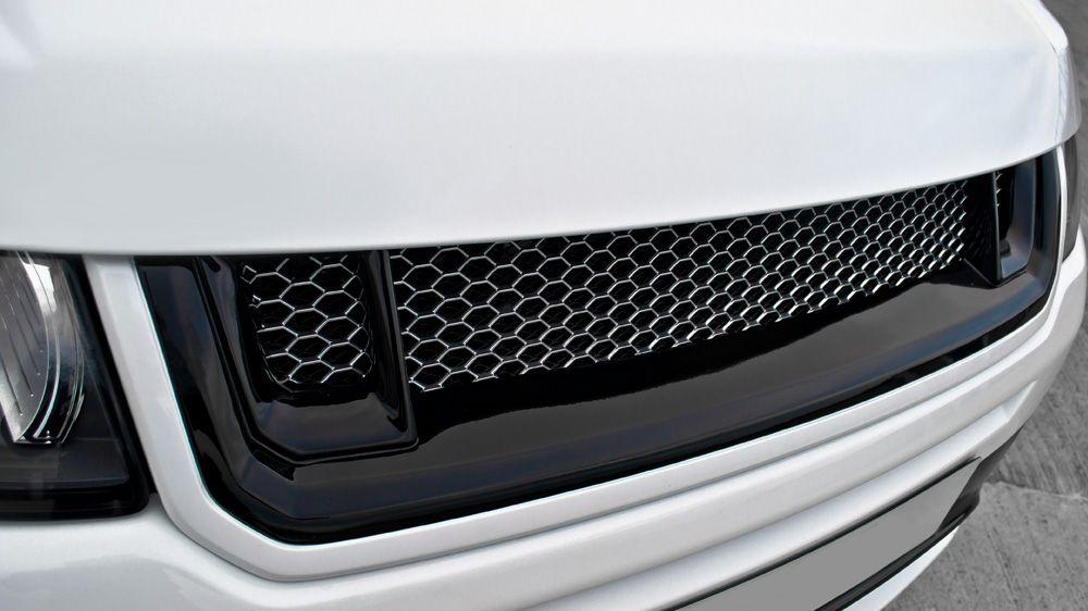 RS - передняя решетка радиатора (Range Rover Evoque)