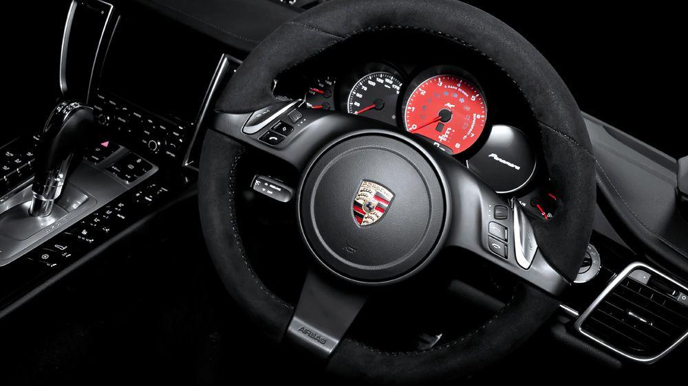 Обшивка рулевого колеса (Porsche Panamera)