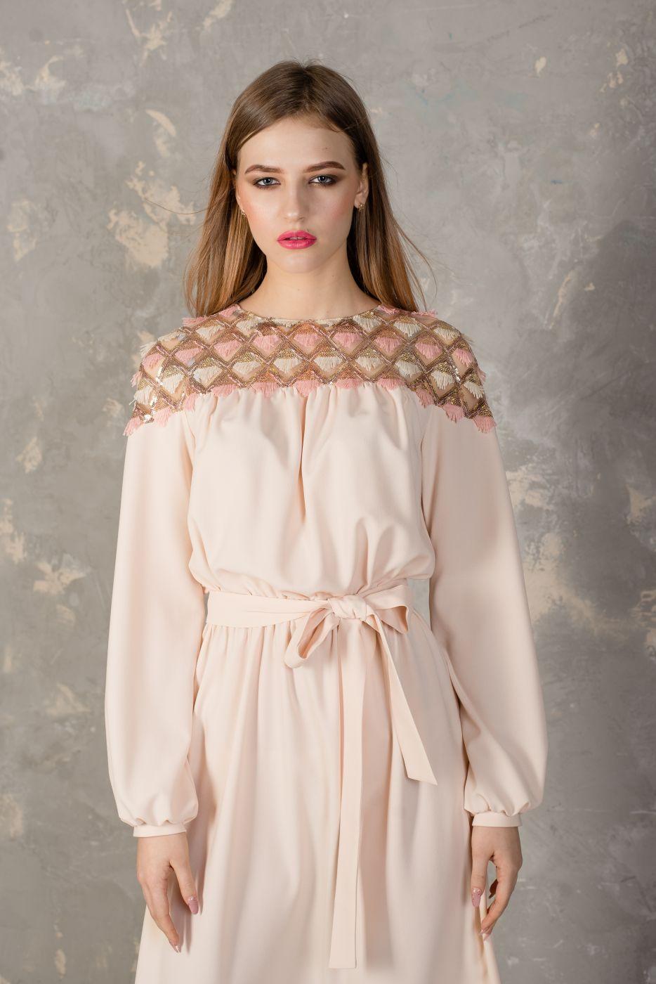 Платье-миди пудрового цвета Roman Rush