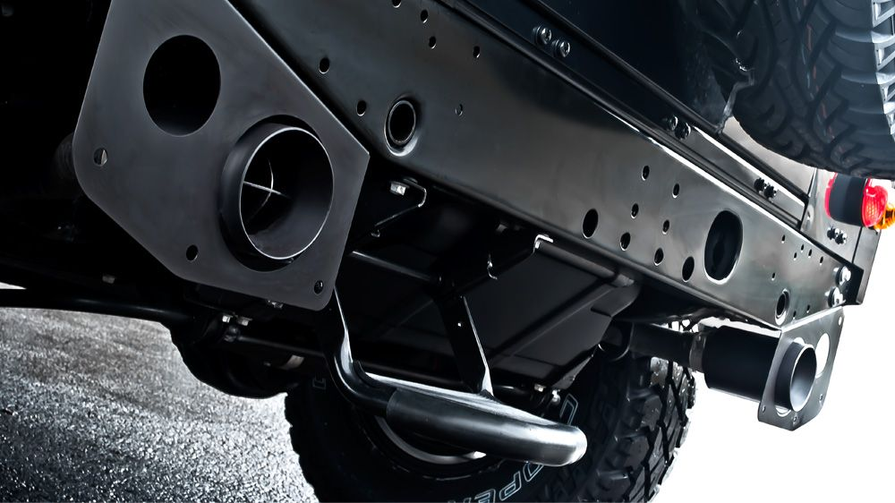 Система выхлопа (Land Rover Defender 110)