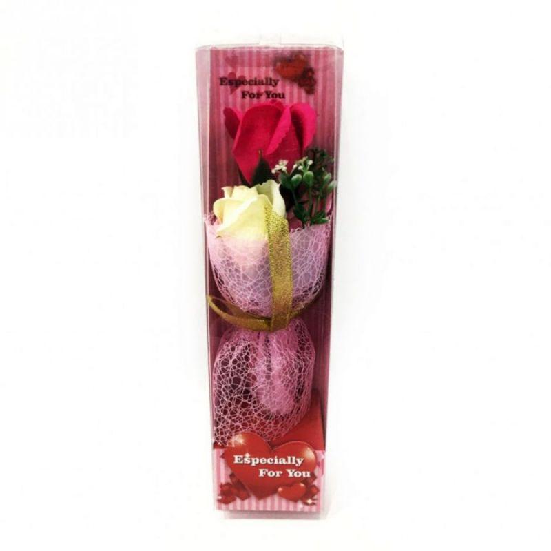 Подарочное мыло букет роз в пластиковой упаковке Especially for You, 28 см, цвет темно-розовый